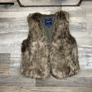 MadeWell Faux Fur Vest Size S